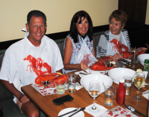Members enjoy a lobster dinner.