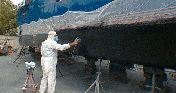 Proper way to paint a boat bottom.