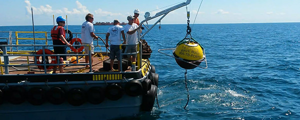 New Waverider Buoy Supports Harbor Pilots