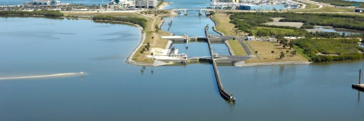 Notice to Navigation Interests: NTN 2017-009 Tropical Storm and Hurricane Operations at Locks (Okeechobee Waterway and Canaveral Harbor)